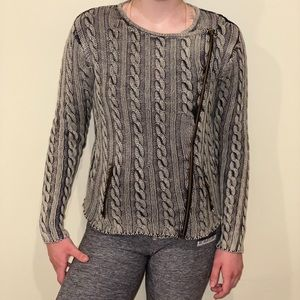 grey sweater by brand Tulle